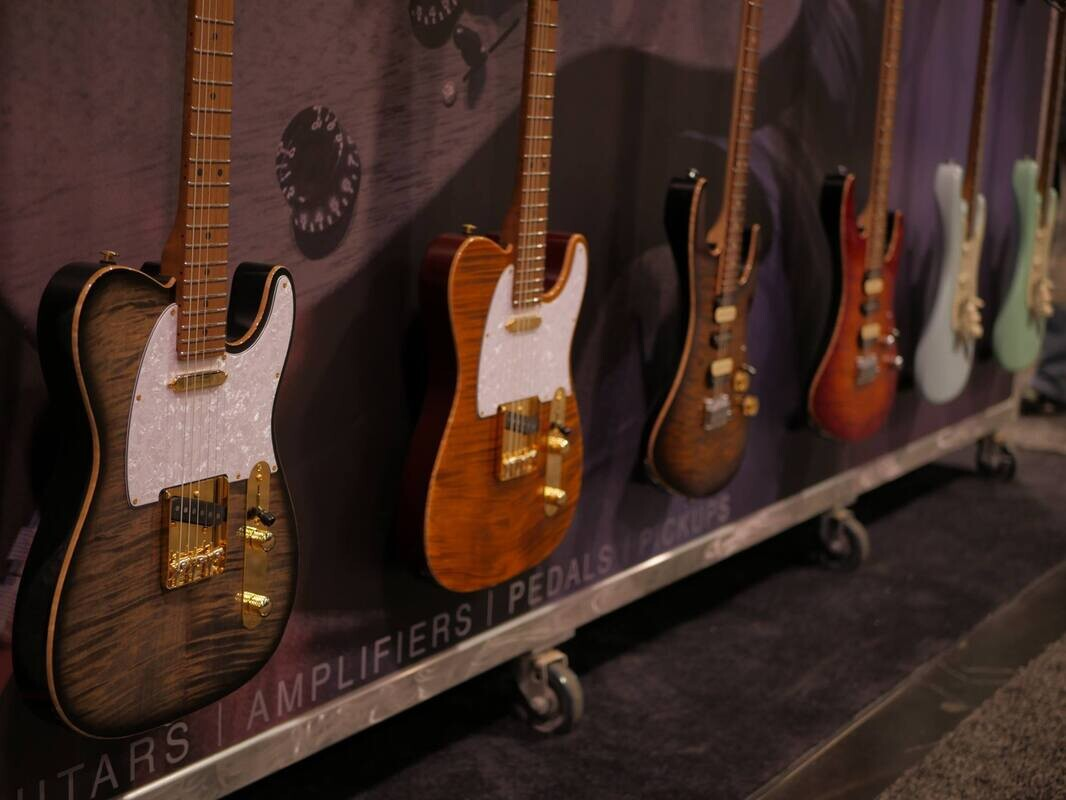 Diary and photos from NAMM Day 1