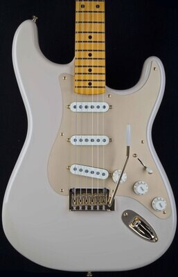 Fender 60th Anniversary Stratocasters - Peach Guitars
