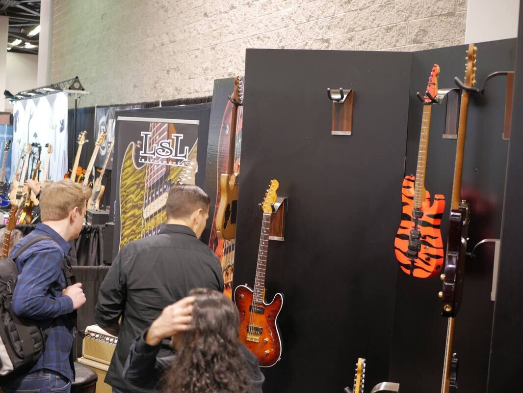 Diary and photos from NAMM Day 3